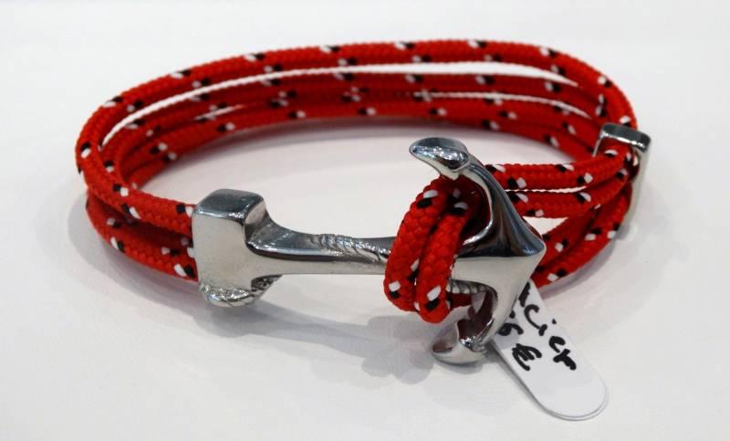 Bracelet Acier et cordon rouge