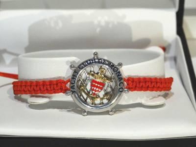Albanu, bracelet en acier et cordon rouge. inspiration marin Yatch Club de Monaco.